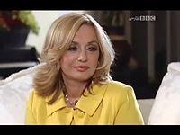 مصاحبه تلویزیون بی بی سی با گوگوش - YouTube[via torchbrowser.com].mp4